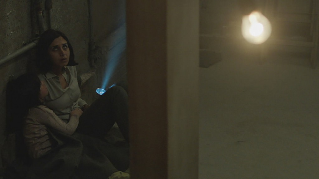 Under The Shadow_01